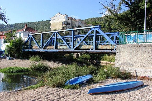 meline_bridge.jpg